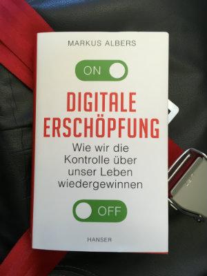 Markus Albers Digitale Erschöpfung Besprechung Buchbesprechung